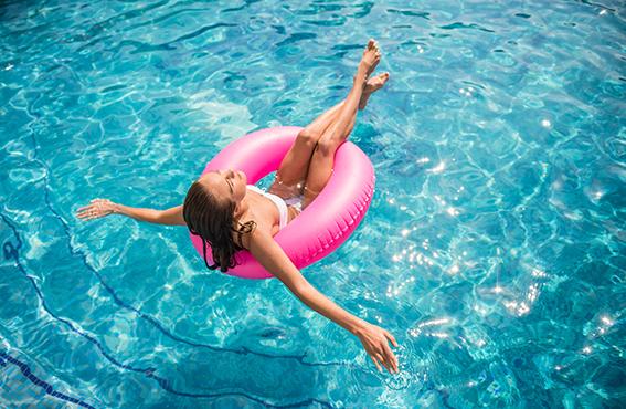 vacances à domicile avec ma piscine Aquilus